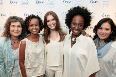 DOVE - Dove and Mandy Moore unveil strong female role models