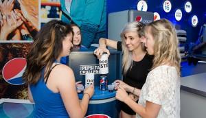 PEPSICO CANADA - Lights administers the Pepsi Taste Challenge
