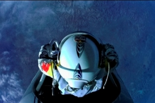 Pilot Felix Baumgartner of Austria prepares to jump from the altitude of 29455 meters during the second manned test flight for the Red Bull Stratos mission in Roswell, New Mexico, USA on July 25, 2012