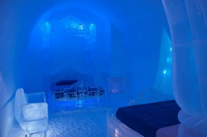 FrozenIcehotel2