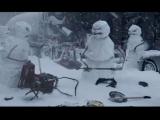 Nissan Rogue screen shot - angry snowmen