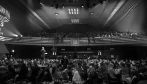 2013-gala-carlu-crowd-650