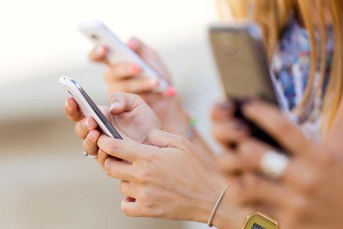 Smartphonehands