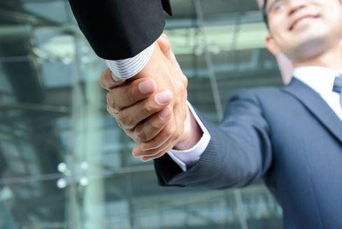 handshakeShutterstock