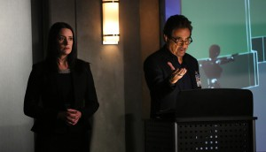 PAGET BREWSTER, JOE MANTEGNA