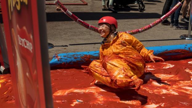 ketchup slide