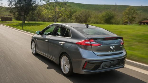 Hyundai Auto Canada Corp--Hyundai Campaign Reveals True Love is