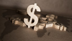 Copied from Playback - shutterstock_122945545 - money 100 x 667