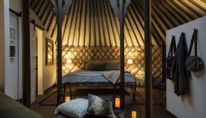 Woods Parka Lodge