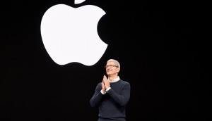 Apples-keynote-event_Tim_Cook-03252019