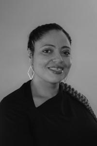 Ishma AleanderHuet BW HEADSHOT 2020